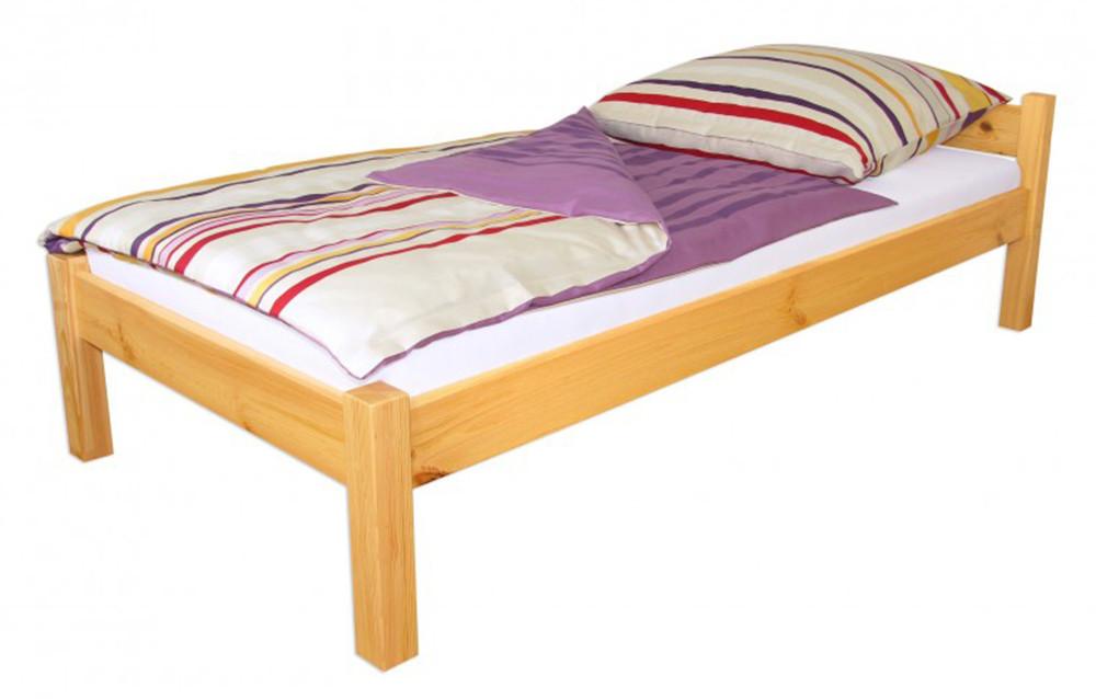 Кровать из массива дерева 065