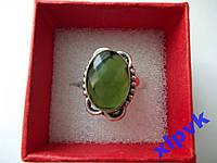 Кольцо Перидот (Хризолит) -15х10мм- 18р -925-ИНДИЯ