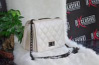 """Восхитительная сумка в стиле """"Chanel""""."""