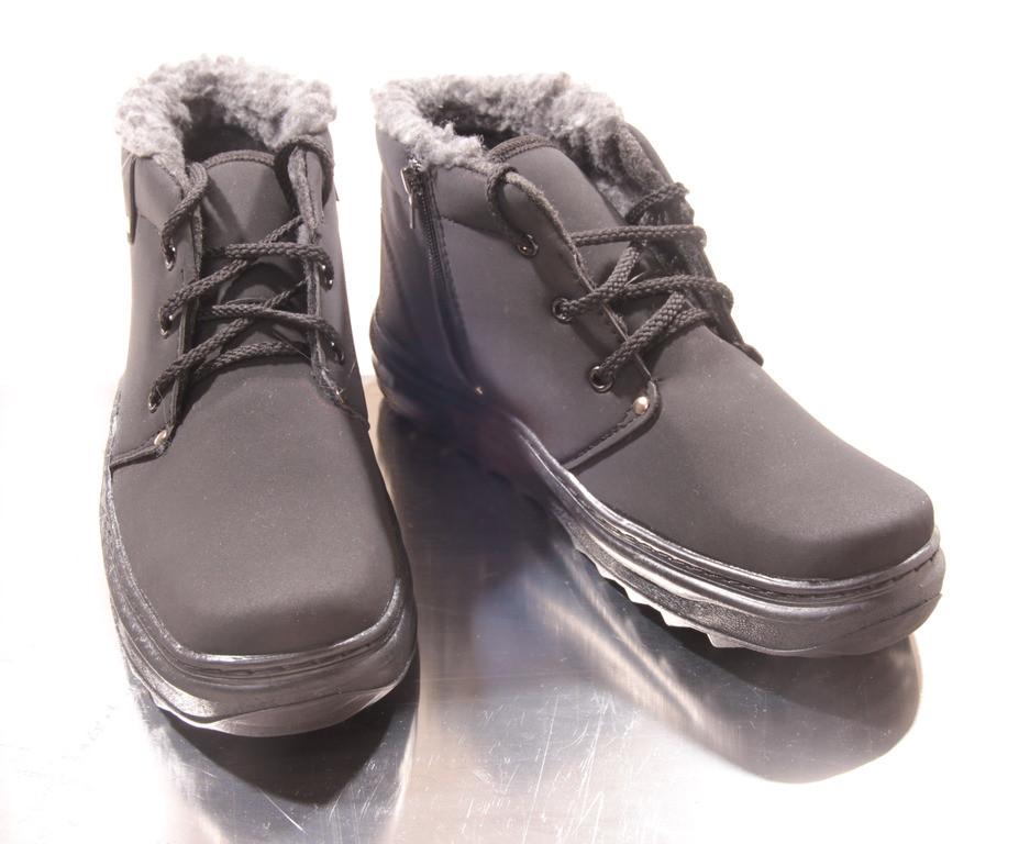 Мужские зимние ботинки. Нубук