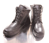 Мужские зимние ботинки. Шнурок