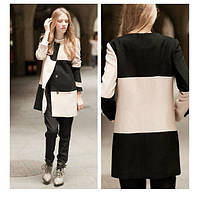 Комбинированное пальто на пуговицах с круглым вырезом горловины