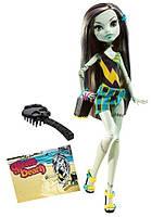 Кукла Фрэнки Штейн Мрачный Пляж 1 волна (Monster High Gloom Beach Frankie Stein Doll by Monster High)