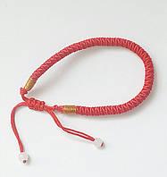 Красный плетёный браслет на запястье,регулируемый.