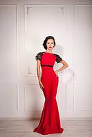 Длинное платье-рыбка в пол с облегающей юбкой, расширяющейся от колен и ажуром