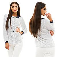 Женская модная блузка с рюшами 133/1 / белая с темно-синим горохом