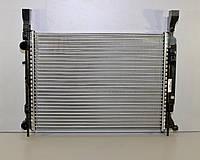 Радиатор охлаждения двигателя на Renault Kangoo II 1.5dCi+1.2+1.6 2008-> — Renault (Оригинал) - 8200418328