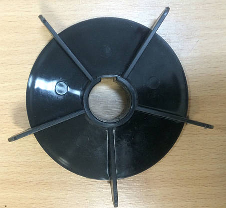 Крыльчатка для охлаждения двигателя, фото 2