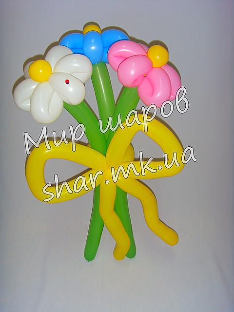 Цветы из 3х ромашек