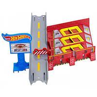 Hot Wheels Гоночный трек Мастерская Переполох на стоянке Workshop Track Builder BGX75/CFC69