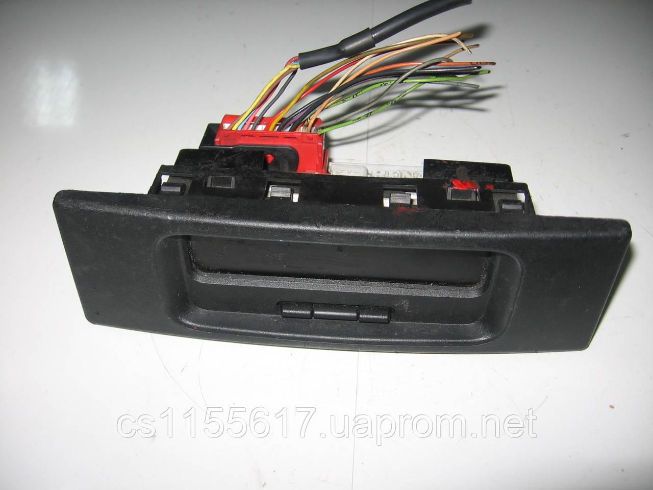Інформаційний дисплей (годинник) 8200107839 б/у на Renault Master 2, Mascot, Trafic 2, Kangoo, Clio 2, Megane2