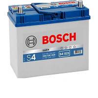 Аккумуляторная батарея Bosch S4 12v 45Аh 330A (левый +)