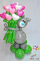 Мишка Тед с букетом сердец