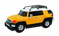 Автомодель TOYOTA FJ CRUISER желтый, голубой,1:26, свет, звук, инерц. GearMaxx (89531)