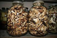 Разные сорта сушеных грибов.Бесплатная доставка.