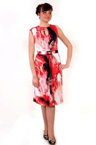 Платье трикотажное со встречными складками и поясом