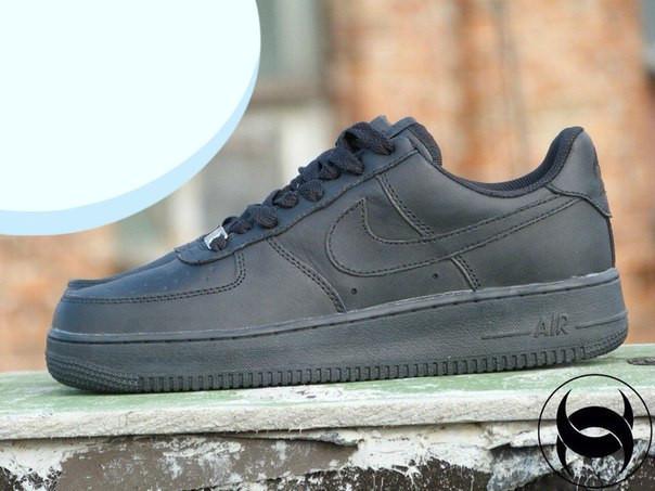 Кроссовки мужские низкие черные Nike Air Force Low 1 Full Black Leather  (реплика) 1974e158597