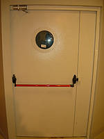 Поставка противо-пожарных дымогазонепроницаемых преград: дверей, ворот, люков под маркой «TERMOSTOP»