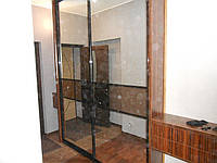 Шкаф купе (полу-встроенный)