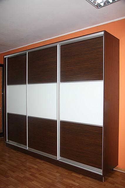Шкаф-купе на заказ с полкой под TV, Размер 3м*0,6,2,5м