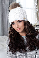 Шапка женская белая с серым бубоном Шапка 4190