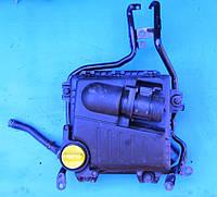 Корпус воздушного фильтра двигателя 2.0,2.5 Renault Trafic 2001-2014гг