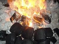Как выбрать для мангалов разборных чемодана (ТУРИСТ) и кованых мангалов    …уголь