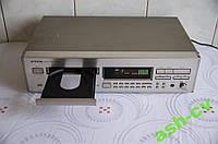 CD проигрыватель ONKYO DX-7210