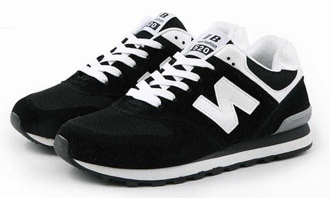 Кроссовки черные в стиле New Balance 520