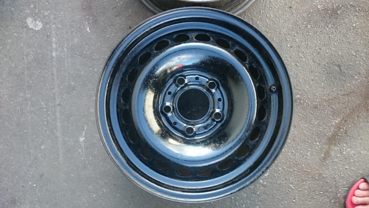 Диски б/у железные:6.5jx15 (PCD 5x120) ET-47 BMW