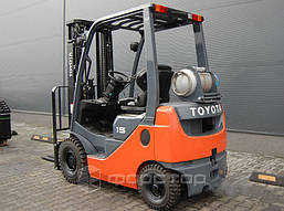 Газовый погрузчик Toyota 8FGF15 б/у