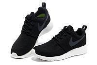 Женские кроссовки Nike Roshe Run Черное Лого / Белая подошва