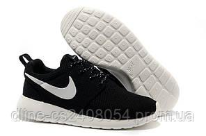 Женские кроссовки Nike Roshe Run черные / Белая подошва
