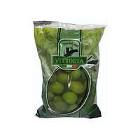 Оливки зеленые с косточкой Vittoria 850 г