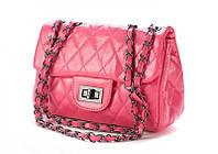 Розовая женская сумочка в стиле Chanel Classic