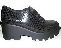 Туфли женские кожаные на высокой подошве на шнурке Uk0029