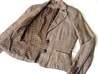 Женский пиджак ЛЁН -50% ,ВИСКОЗА- 25%,в хорошем состоянии