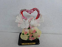 Голуби с сердцем Свадебный сувенир