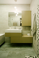 Мебель цвета хаки для ванной комнаты