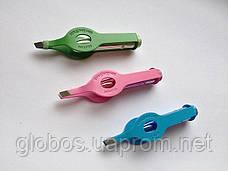 Щипчики для коррекции бровей с подсветкой Р056  pink, фото 2