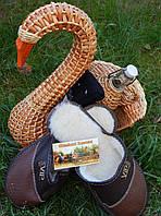 Подарок мужской тапочки бутылка и корзина