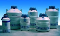 Сосуд Дьюара долгосрочного хранения, серия В-2000 Тип B 2003M Объем 4,10 л Кол-воампул  2 мл Количествокапилляров 1560 0,25 мл Кол-воканистр 6 Времяуд