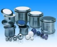 Размольные стаканы для планетарных мельниц PM100 / 100CM / 200 / 400 Материал Оксид циркония* Объем 500 мл