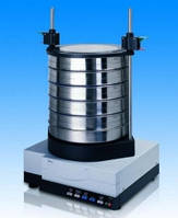 Зажимное устройство для просеивающих машин серии AS Для AS 200 Описание Универсальное зажимное приспособление стандарт для сит 100/150/200/203 мм