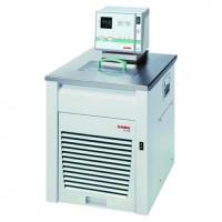 Охолоджуючі оборотні термостати HighTech HE / HL