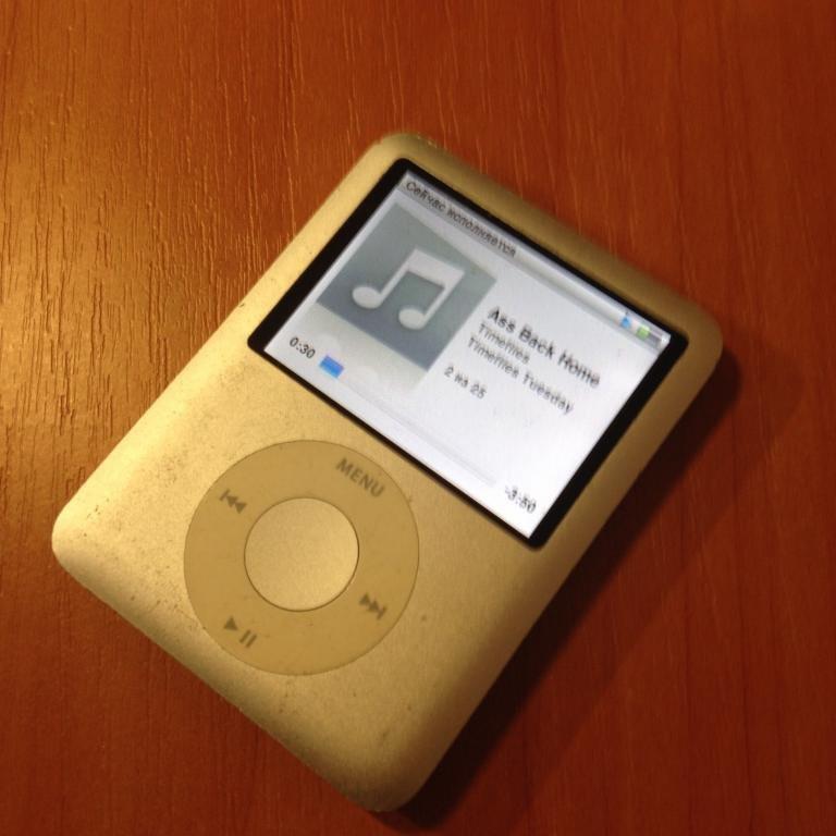 Ipod nano 3Gen 4GB (оригинал)