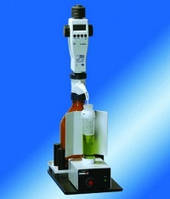 Ручной титратор behrotest® HTI 1 Тип HTI Описание Ручной титратор с цифровой бюреткой и магнитной мешалкой