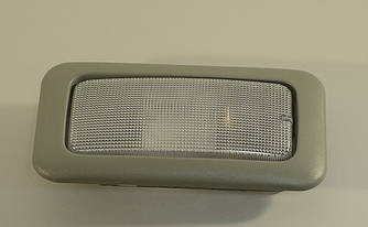 Лампа освещения салона на Opel Vivaro 01->  —  Opel (Оригинал) - 93854683