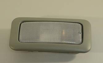 Лампа освітлення салону на Opel Vivaro 01-> — Opel (Оригінал) - 93854683