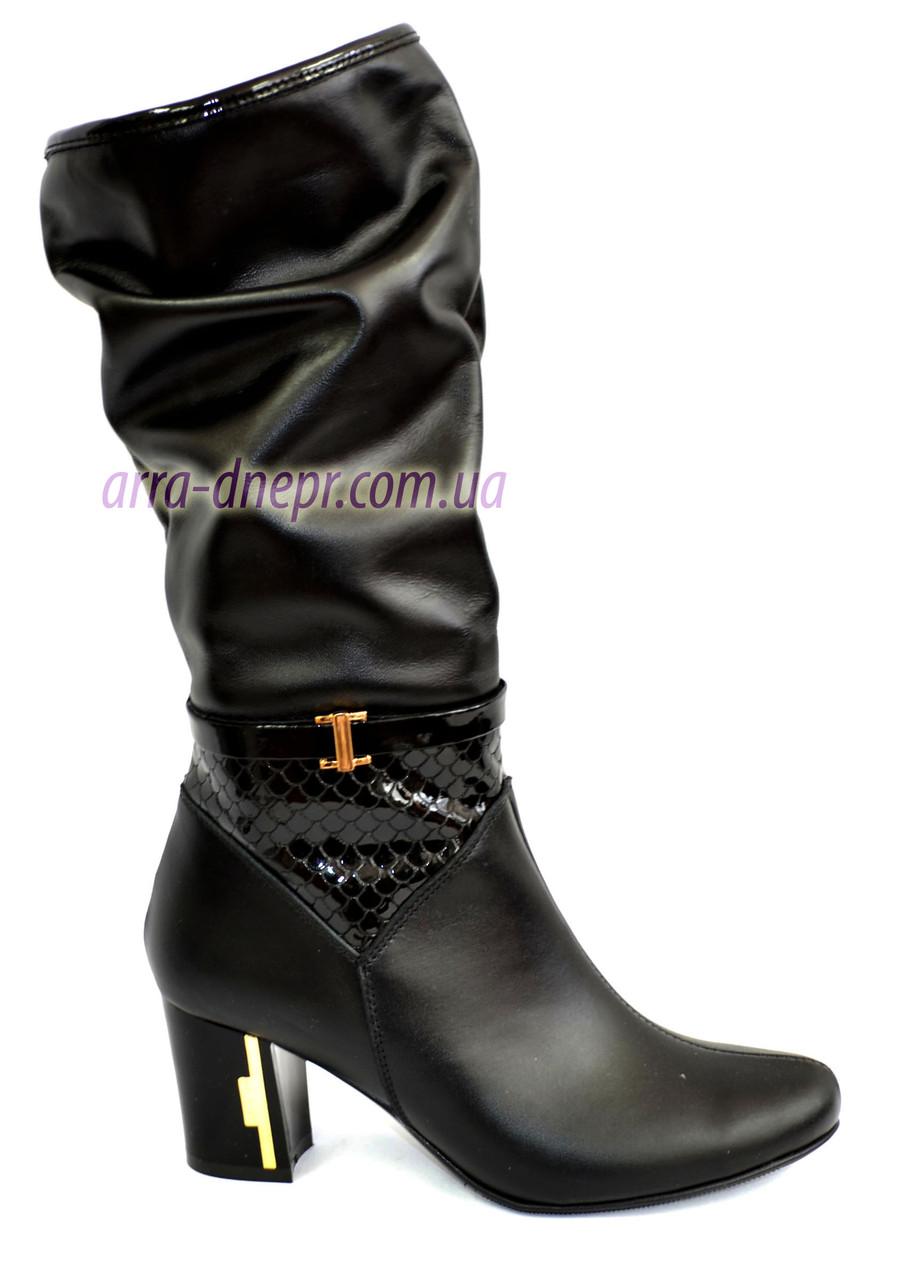Женские кожаные сапоги демисезонные классического пошива
